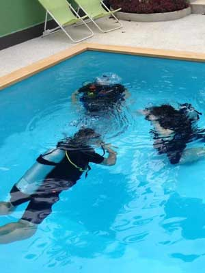 Pool Training - Sea Gypsy Divers, Ao Nang, Krabi Thailand