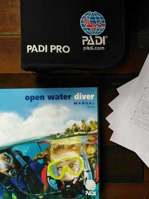 PADI Materials - Sea Gypsy Divers, Ao Nang, Krabi Thailand