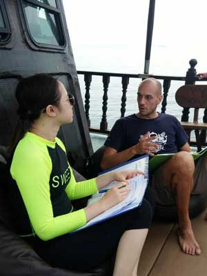 Andrea Teaching - Sea Gypsy Divers, Ao Nang, Krabi Thailand